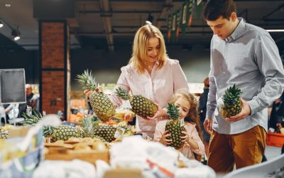 10 Facts About Family Shopping